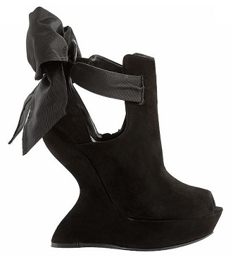 Chic Shoegasms: Alexander McQueen wedge ribbon sandal