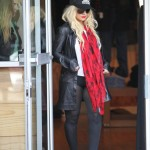 Christina Aguilera forgets her trousers in LA