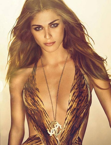 Elisa Sednaoui is the face of Roberto Cavalli's new fragrance!