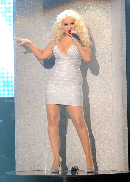 Christina Aguilera hits a bum note in Hervé Léger