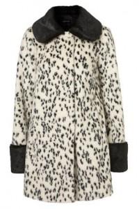 Contrast Dalmatian swing coat