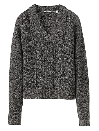Uniqlo cable v neck cropped sweater