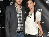 ashton kutcher demi moore divorce 2011