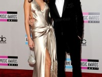 justin bieber selena gomez ama american music awards 2011 red carpet
