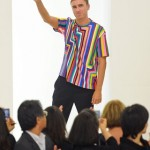 Raf Simons is reportedly negotiating a contract with Christian Dior