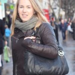 Street Style: Handbag Hunting in Angel