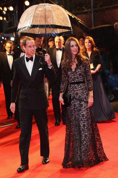 Kate Middleton wears Temperley to War Horse premiere the day before her 30th birthday