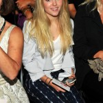 AnnaSophia Robb announced as the teenage Carrie Bradshaw!