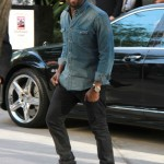 Kanye West going ahead with Paris Fashion Week catwalk show