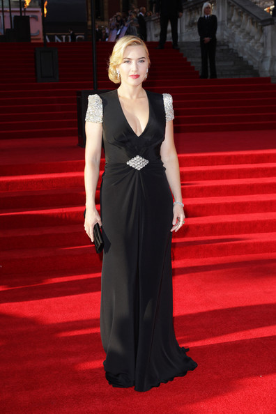 Kate Winslet looks absolutely phenomenal in Jenny Packham at the Titanic 3D world premiere