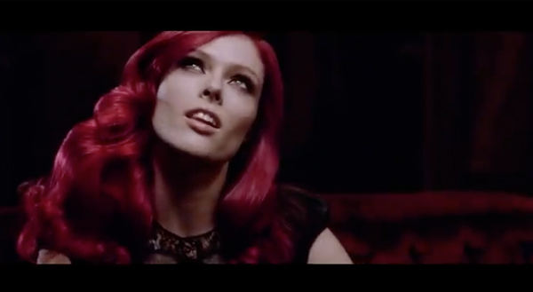 Claudia Schiffer, Doutzen Kroes and Coco Rocha star in new L'Oreal hair commercial, possibly wear wigs?