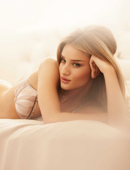 Rosie Huntington Whiteley to launch lingerie line with Marks and Spencer