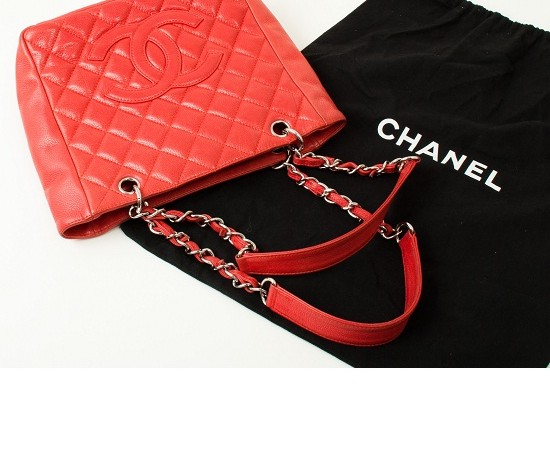 Get up to 70% off Vintage Chanel!