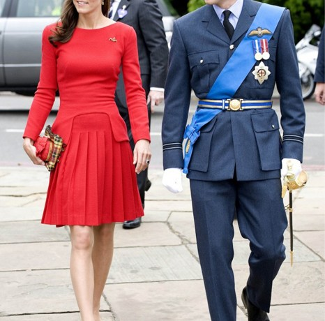Kate Middleton wears red Alexander McQueen for Jubilee River Thames pageant