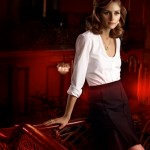 Olivia Palermo returns for Carrera y Carrera