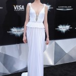 Anne Hathaway upstages everyone in Prabal Gurung at The Dark Knight Rises world premiere