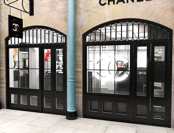Chanel opens pop-up perfume shop in Covent Garden!