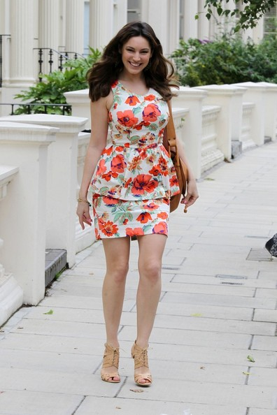 Kelly Brook models her £18 New Look dress