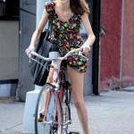 Alexa Chung gets girlie in floral Anna Sui