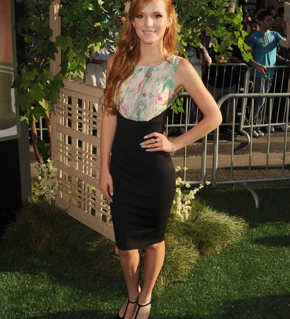 Bella Thorne looks grown up and gorgeous in Ted Baker London