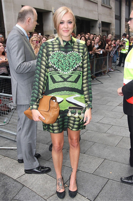 Pregnant Fearne Cotton wears Mary Katrantzou for Keith Lemon: The Film premiere