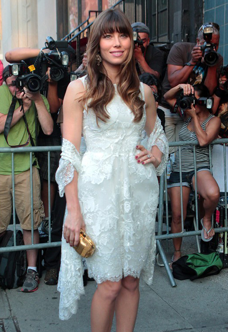 Jessica Biel to wear Elie Saab down the aisle?