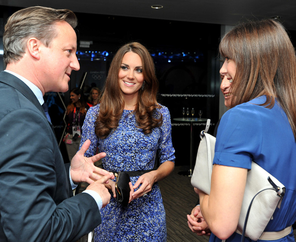 Kate Middleton wears blue Whistles dress to London 2012 Olympics Closing Ceremony