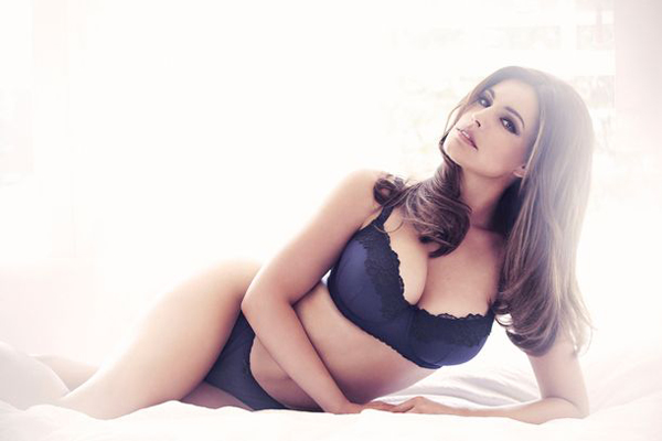Kelly Brook models her second New Look lingerie line