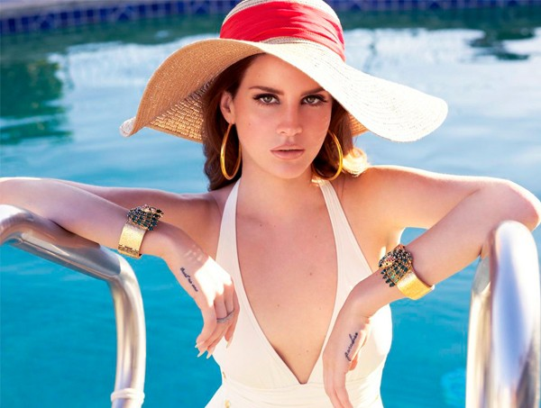 Lana Del Rey is the face of the brand new Jaguar sports car!