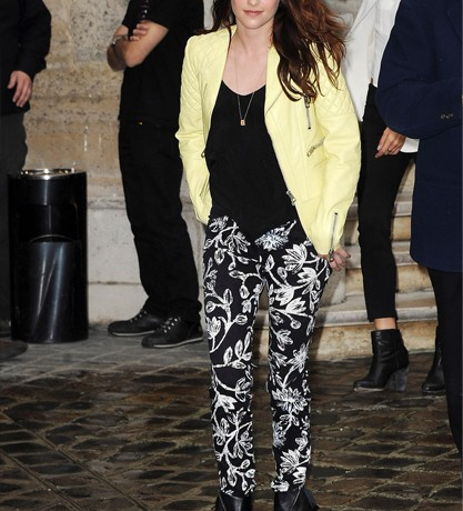 Kristen Stewart is adventurous in Balenciaga for Paris Fashion Week show