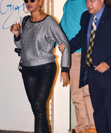 Beyonce nails dressed-down chic in J Brand