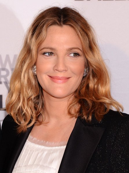 Drew Barrymore to launch Wal-Mart make-up line?