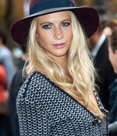 Poppy Delevingne gets engaged!