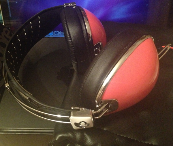 Customise your own headphones with Skullcandy!