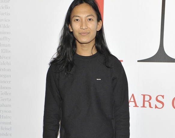 Top stories this week: Alexander Wang in at Balenciaga, Stella McCartney Designer of the Year, and more celeb pregnancies!