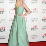 Elle Fanning is young and fun in Oscar de la Renta