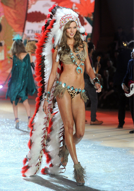 karlie-kloss-native-american-victorias-secret