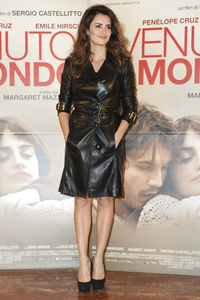 Love or Hate: Penelope Cruz's leather Versace coat