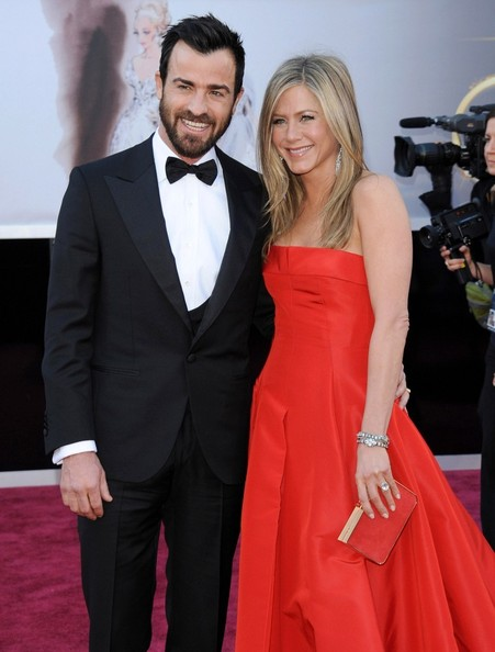 jennifer aniston valentino wedding