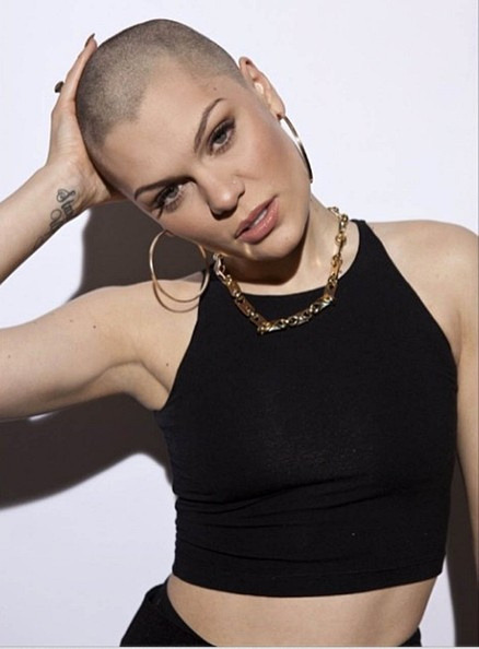 She did it….Jessie J shaved her head for Comic Relief!