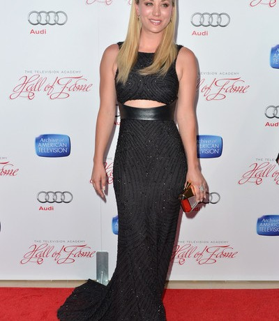 Kaley Cuoco is sleek and sexy in Monique Lhuillier