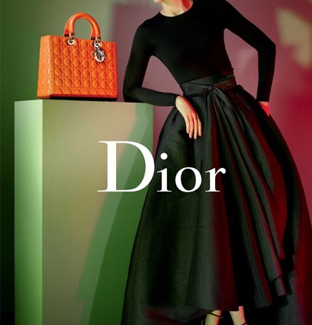 Marion Cotillard's new Lady Dior ad campaign is here!