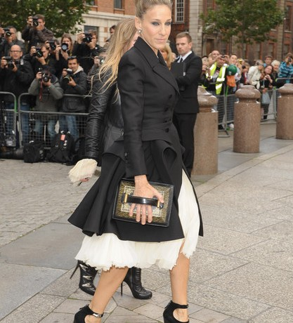 "Sarah Jessica Parker on how ""cheap shoes"" ruined her feet… gulp!"