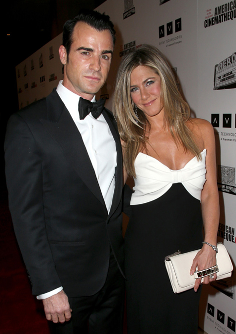 Jennifer Aniston and Justin Theroux postpone their wedding