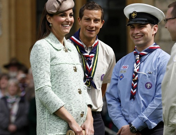 Kate Middleton in mint green Mulberry for Scouts celebration