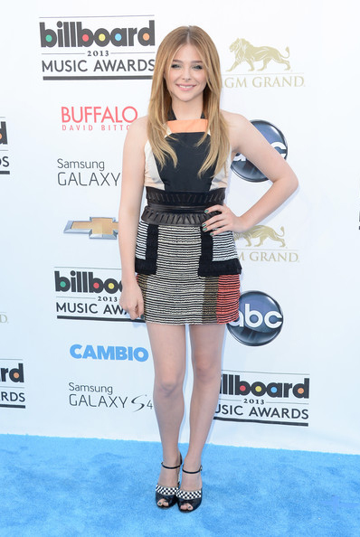 chloe-moretz-billboard-music-awards