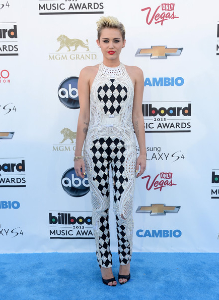 miley-cyrus-billboard-music-awards-