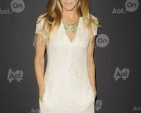 "Sarah Jessica Parker ""shocked to experience an old-fashioned attitude about women and business"" at fashion job"