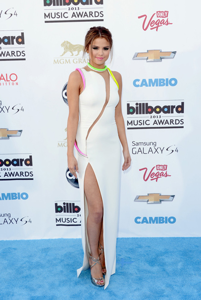 selena-gomez-billboard-music-awards