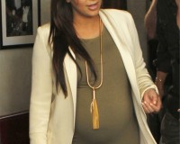 Kim Kardashian gives birth to a baby girl!